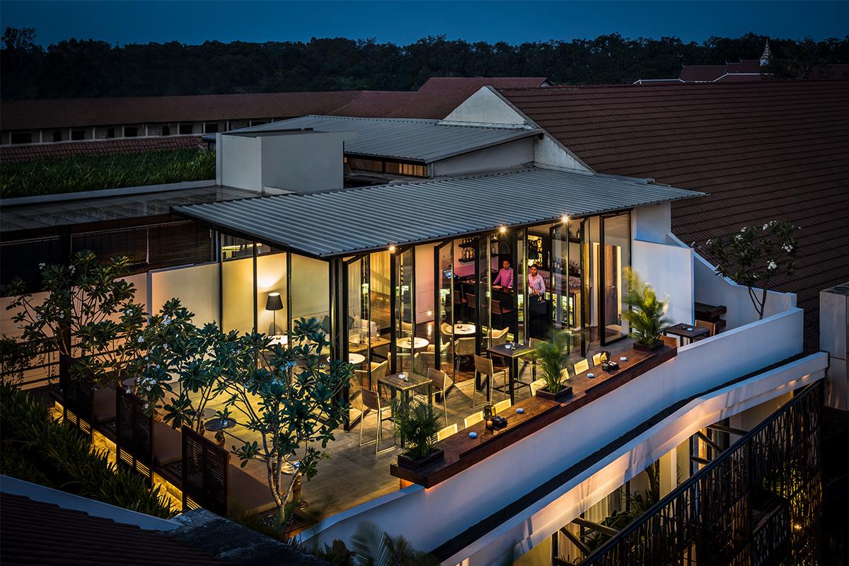 Glide Bar Cambodia